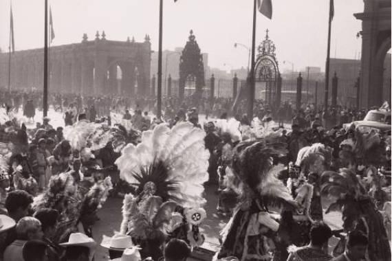 Celebration Mexico City henri cartier bresson