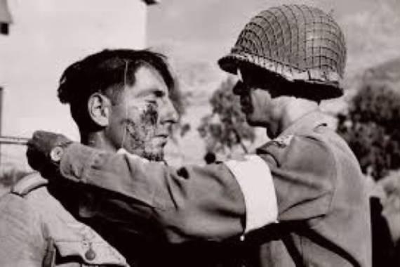 soldado herido robert capa